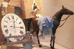 Orologi, quadri e quadretti